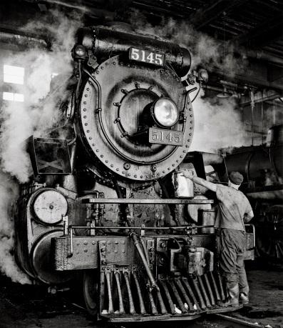 2 train photo by David Plowden (2)