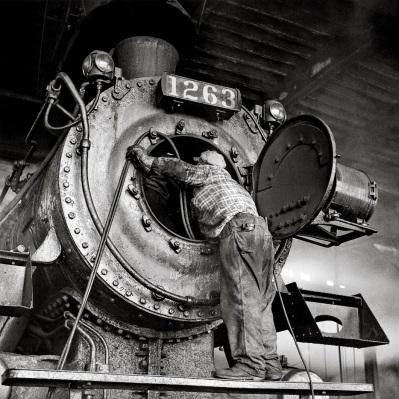 4 train photo by David Plowden (3)